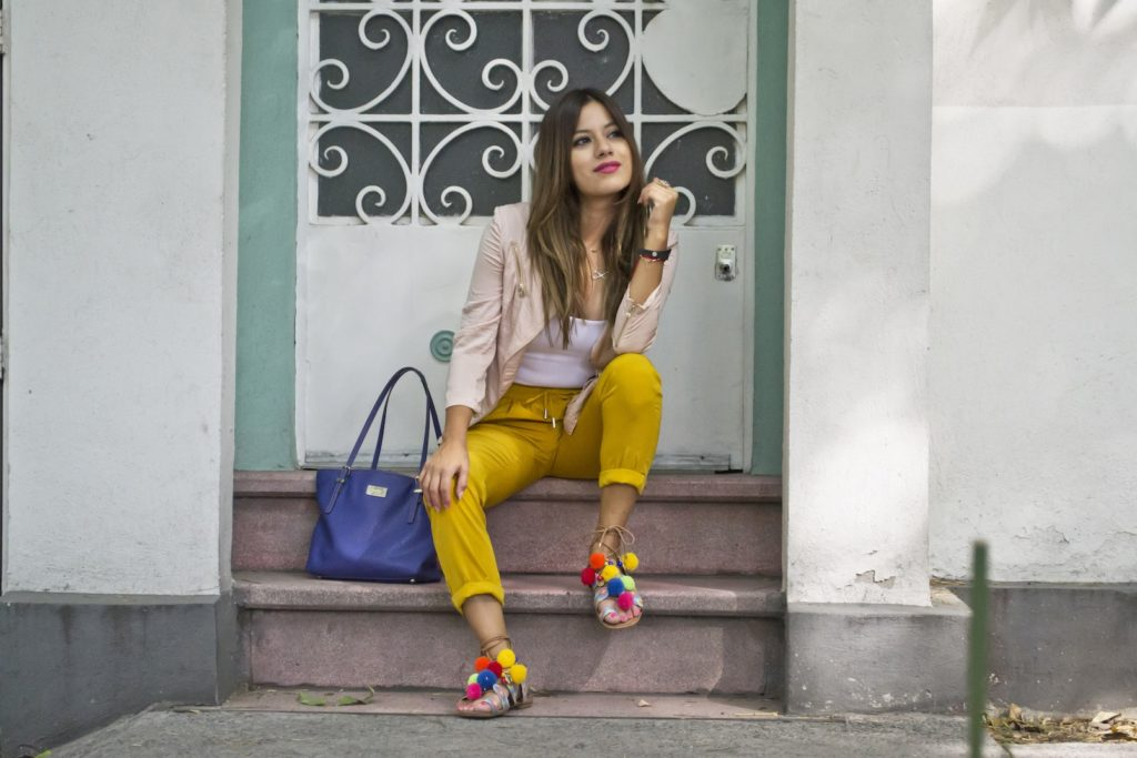 Parches y Pompones Son Un Must Have Para Primavera